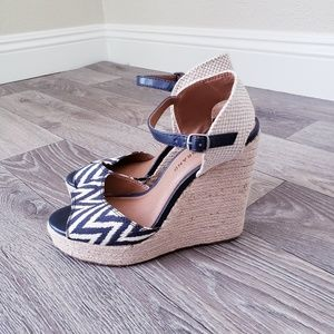 Lucky Brand Wedge Sandals 7.5